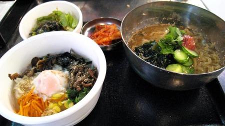 冷麺セット(´?`)